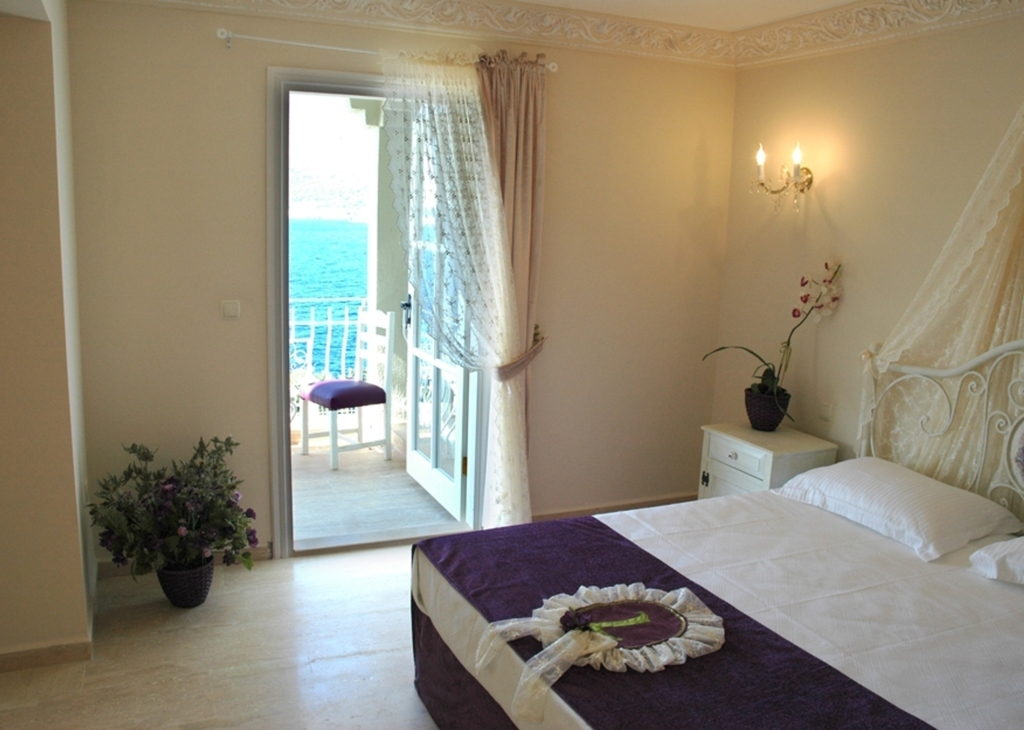 SEA VIEW ROOMS (2.ND FLOOR)